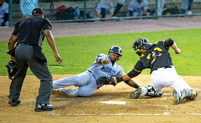 for-second-straight-day-new-britain-bees-lose-to-visiting-southern-maryland-blue-crabs-in-extra-innings