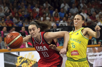stewart-set-to-return-for-team-usa-in-exhibition-against-uconn-womens-basketball