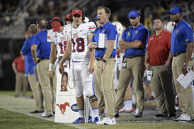 exuconn-football-coach-lashlee-now-with-smu-adds-to-former-teams-woes