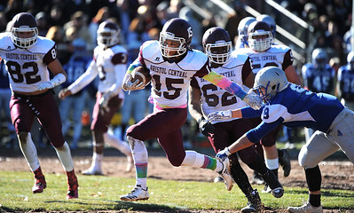 bristol-central-football-seniors-go-out-with-third-consecutive-thanksgiving-day-win-over-bristol-eastern