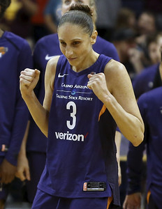out-of-the-many-greats-to-play-for-uconn-womens-basketball-heres-a-list-of-the-top-10