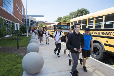 positive-reviews-for-berlins-first-day-of-school
