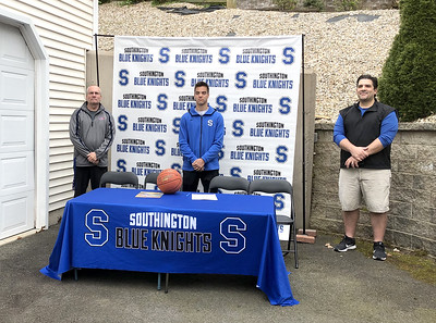 hes-a-winner-southington-boys-basketballs-allccc-guard-kelly-commits-to-play-at-dean-college