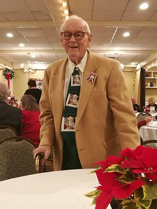 chamber-holiday-party-honors-retiring-dimatteo