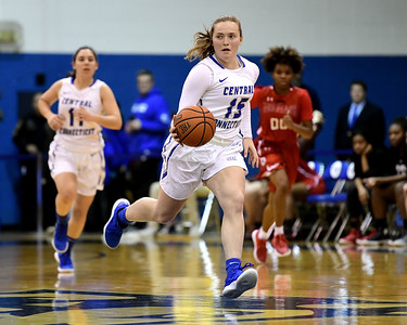 central-connecticut-womens-basketball-team-falls-to-conference-usa-opponent-florida-atlantic