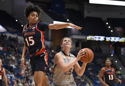 irwin-boosts-uconn-offense-with-careerhighs-off-bench