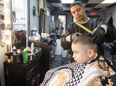 this-is-a-serious-and-scary-position-to-put-us-in-area-salons-barbershops-forced-to-shut-down-after-executive-order