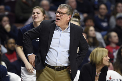 uconn-womens-basketball-still-finalizing-schedule-for-upcoming-season