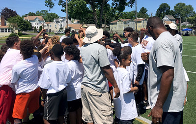 tebucky-jones-give-back-to-new-britain-community-with-fifth-annual-youth-football-camp