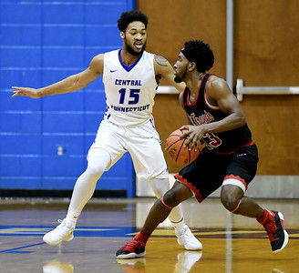 central-connecticut-mens-basketball-falls-to-saint-francis-womens-basketball-scores-upset