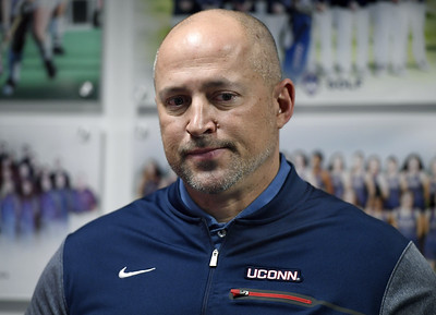 former-uconn-athletes-urge-trustees-not-to-cut-their-sports