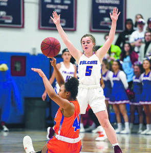 st-paul-girls-basketball-explodes-in-second-half-to-advance-to-state-semifinals