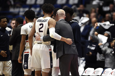 uconn-mens-basketball-isnt-taking-signs-of-longawaited-rebirth-for-granted