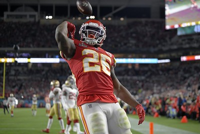 williams-late-tds-help-chiefs-rally-past-49ers-in-super-bowl