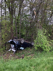 4-people-taken-to-hospital-after-rollover-crash-in-i84-in-southington