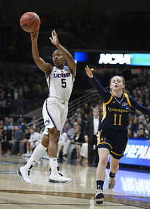 columbus-calling-dangerfields-performance-leads-uconn-womens-basketball-to-11th-straight-in-final-four
