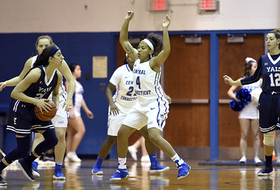 ccsu-womens-basketball-drops-third-straight-game-in-loss-to-robert-morris