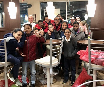 smiling-childrens-faces-are-the-payoff-in-new-britain-mcdonalds-gift-drive