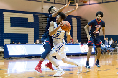 ccsu-mens-basketball-holds-off-robert-morris-for-big-road-win
