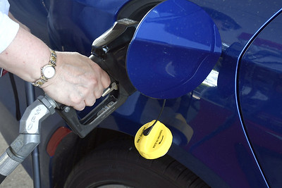drivers-feeling-pain-at-pump-as-gas-drives-past-3