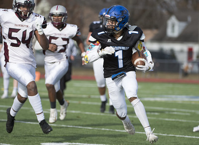 football-preview-as-no-7-plainville-prepares-for-the-class-s-semfinals-its-looking-for-much-different-result-than-last-time-it-faced-no-3-bloomfield