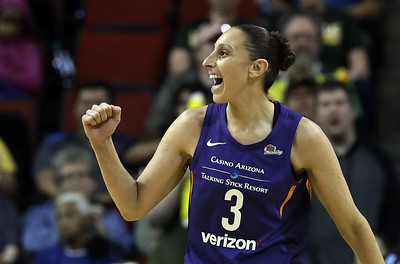 phoenix-mercury-guard-former-uconn-womens-basketball-standout-taurasi-still-playing-strong-despite-age