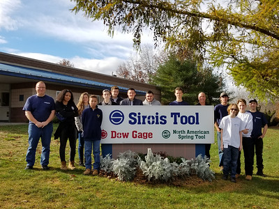visit-to-sirois-tool-gives-students-career-insights