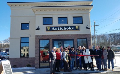pizza-chain-opens-first-state-location-in-newington