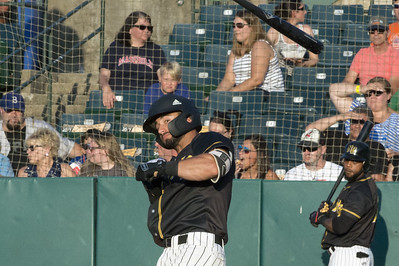 number-of-miscues-cost-new-britain-bees-in-lopsided-loss-to-sugar-land-skeeters