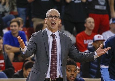 hurley-mulling-coaching-offers-from-uconn-pittsburgh-mens-basketball-programs