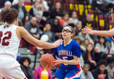 sophomore-point-guard-vasquez-playing-like-savvy-veteran-for-plainville-girls-basketball
