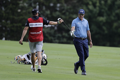 mickelson-falters-down-stretch-still-encouraged-by-overall-performance-at-travelers-championship