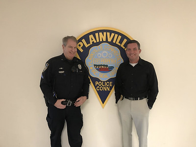 plainville-police-force-is-losing-a-pair-of-veterans