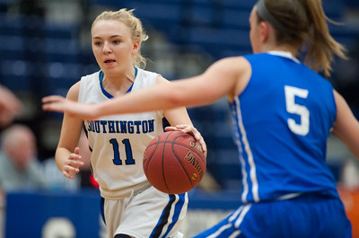 inexperience-hurting-southington-girls-basketball-especially-on-offensive-end-of-court