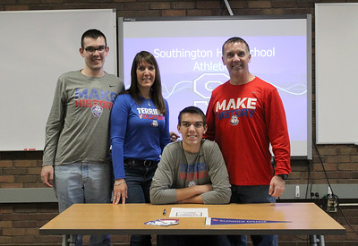 southingtons-walsh-signs-to-play-mens-volleyball-at-st-francis-brooklyn