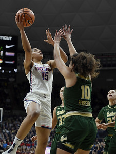 uconn-womens-basketball-has-plenty-to-play-for-in-the-aac-tournament