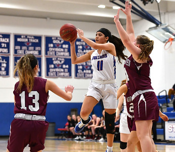 st-paul-girls-basketball-falcons-are-at-their-best-while-playing-at-their-nest