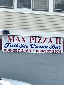 max-pizza-ii-stills-serving-all-the-great-pizza-wings-as-before-pandemic-plus-ice-cream-delivery