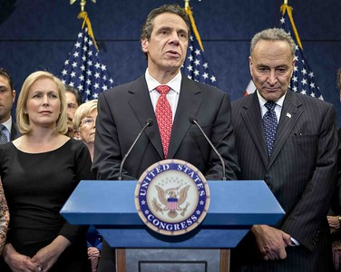 reports-cuomo-vaccine-czars-loyalty-calls-raise-concerns