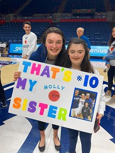 uconn-womens-basketball-player-bent-sister-with-down-syndrome-share-close-bond