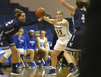 ccsu-womens-basketball-has-win-streak-snapped-in-loss-to-mount-st-marys