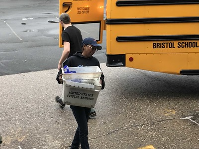 letter-carriers-food-drive-delivers-for-seven-area-nonprofits