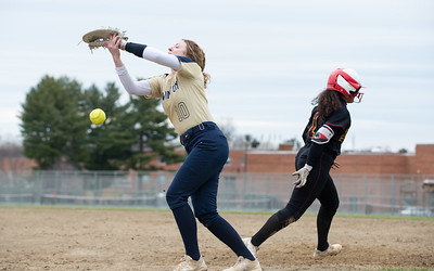 new-britain-softball-capitalizes-on-newington-mistakes-in-opportunistic-win