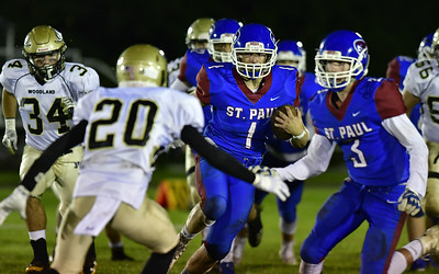 st-paul-football-defeats-thanksgiving-rival-oxford-finishes-with-500-record