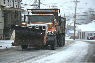 police-towns-report-all-is-quiet-after-snow-freezing-rain