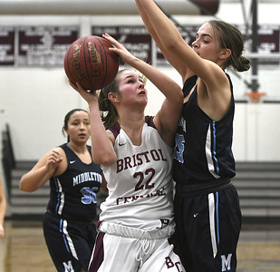 despite-strong-fourth-quarter-bristol-central-girls-basketball-blown-out-by-middletown