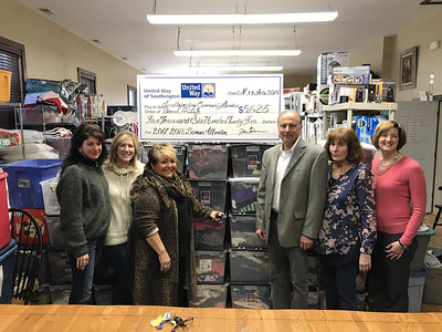 southington-bread-for-life-community-services-receive-check