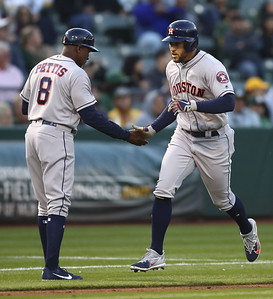 new-britain-native-springer-sets-astros-record-with-six-hits-against-athletics