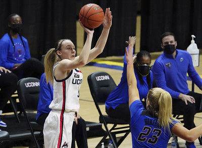 adamec-time-for-bueckers-to-start-shooting-more-for-uconn-womens-basketball