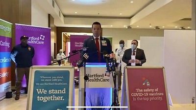 police-firefighters-ems-first-responders-from-across-state-get-vaccinated-by-hartford-healthcare